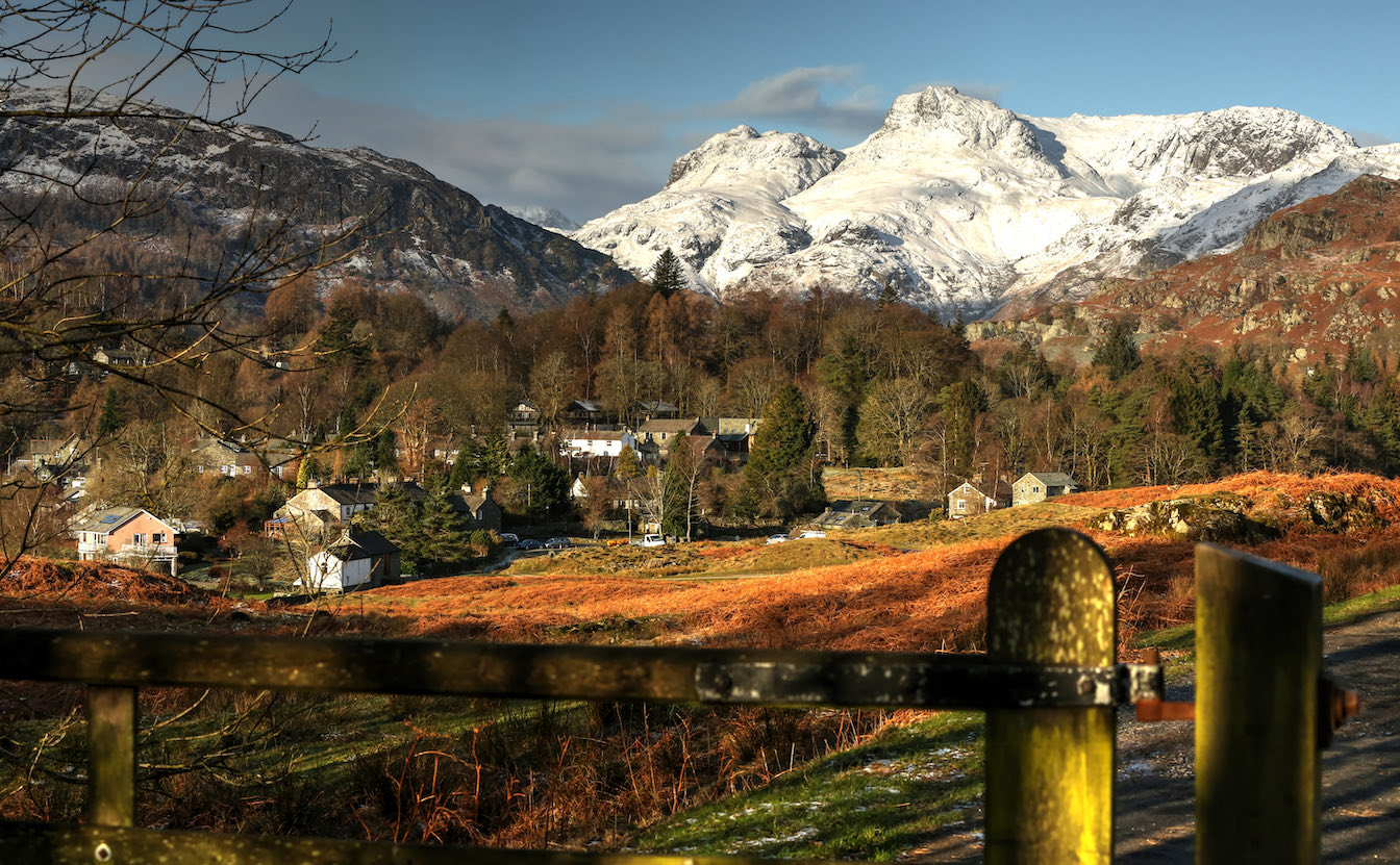 1 Townfoot Cottage, Elterwater holiday cottage - Bring your Tesla or EV electric car or hybrid. Lake District, Dog-friendly holiday cottage - View over Elterwater village in the Langdale valley, near Ambleside-sqz