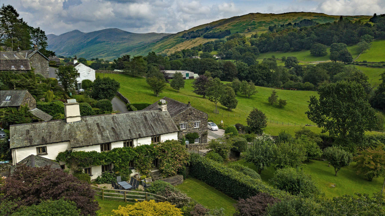 1 Townfoot Farmhouse, Troutbeck - Lake District, Dog-friendly holiday cottage - Exterior-sqz