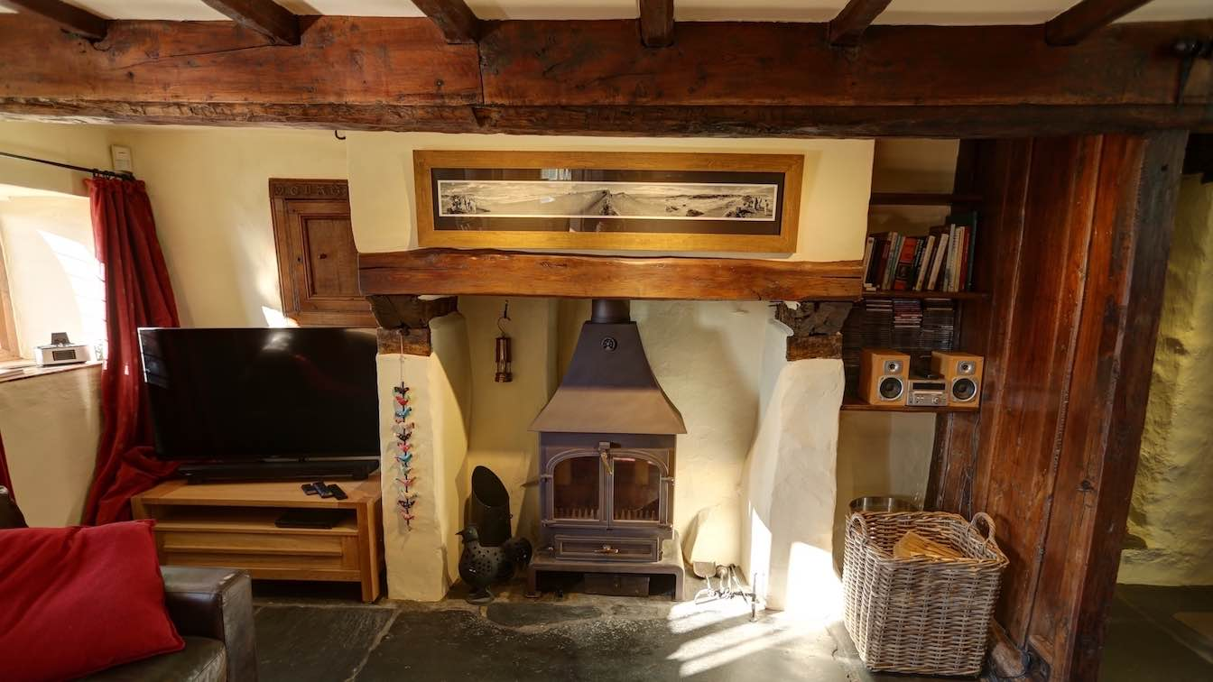 18 Townfoot Farmhouse, Troutbeck - Lake District, Dog-friendly holiday cottage - Lounge with inglenook fireplace and HDTV-sqz