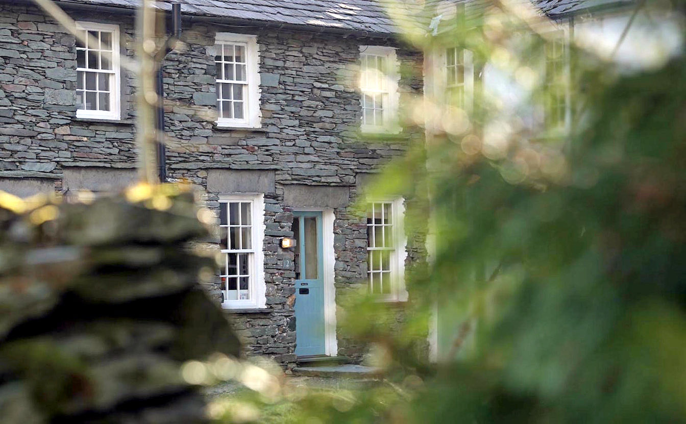 2 Townfoot Cottage, Elterwater - EV and Tesla charging available. Lake District, Dog-friendly holiday cottage - Traditional stone cottage exterior with parking-sqz